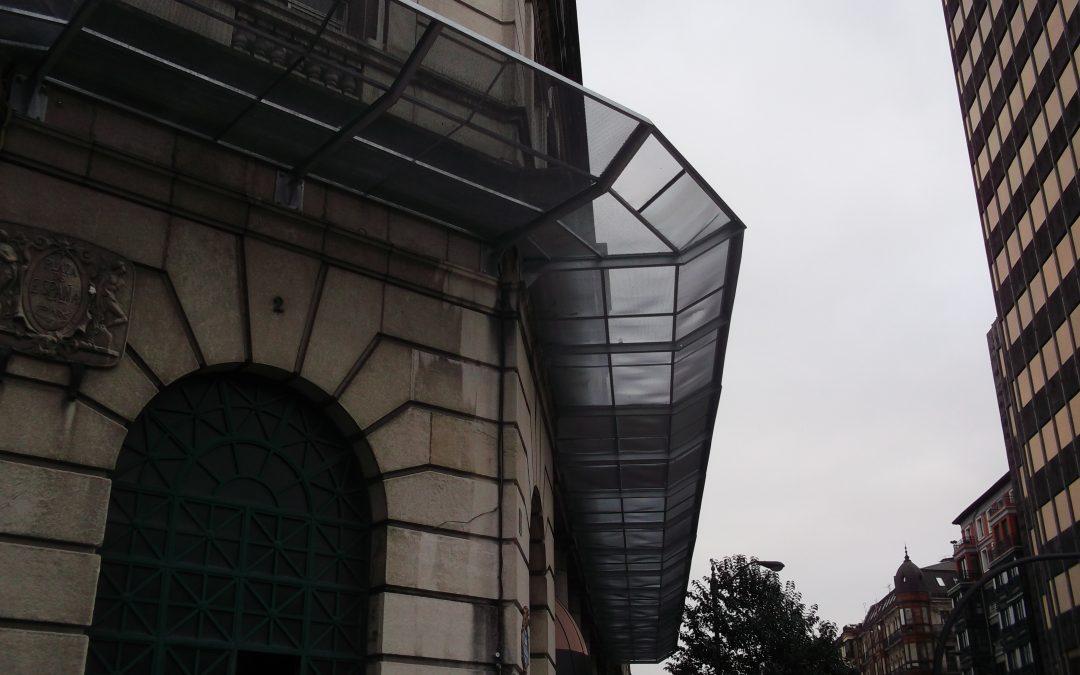 Estructura para protección perimetral en fachada de edificio Estación de Abando